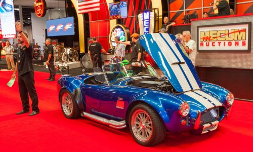 """PHOTO GALLERY: MPG """"Day at the Auction"""" w/Mecum"""